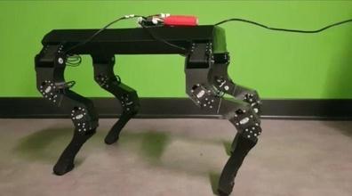 cuadrúpedo robot robótica futuro robot ciencia fi mecánico máquina mecatrónica cuadrúpedo patas perro herramienta Ingenieria Universidad proyecto droide Ciencias spotmini impresora 3d imprimible