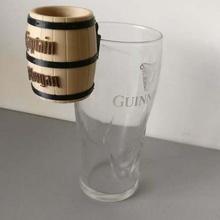 capitaine Morgan baril coup l'alcool alestorm baril capitaine boisson verre Morgan fête pirate rhum coup pimenter épicé rhum conteneurs