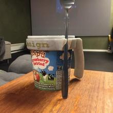 ice cream holder holder pint ice cream home ice cream ben & jerry's holder design pint handicap ice cream tool spoon
