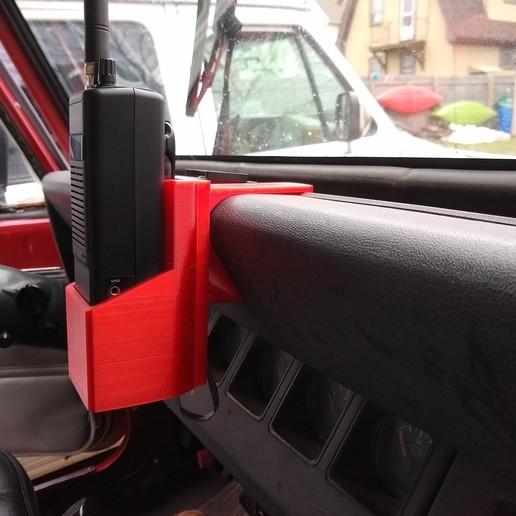jeep yj - uniden handheld