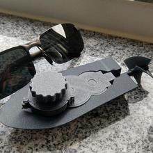 mini Aufzieh-Boot Prototyp schraubenlos Spiel mechanische Spielzeuge windup Boot