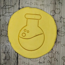 spherical ball flask - flask - cookie cutter - science party scientist laboratory - cut mass clay - 9cms home jannie mixer hasty biscuits battery lab science adn printable cakes 3d imprint dining cookie cooky cookiecutter cutter karaoke 3dprint kitchen biscuit cutting plate household house gingerbread bread house ginger fondant erlenmeyer scientific microscope geek flask balloon spherical