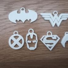 süper kahraman anahtarlık süper kahramanlar Süpermen batman mucize kadın Demir Adam anahtar anahtarlık anahtar yüzük süper kahraman x Men Aquaman mucize kadın batman Demir Adam Süpermen