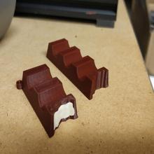 gentil mordre bijoux gentil Chocolat