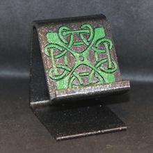 keltisch Quadrat Knoten Telefon Stand Geschäft iPhone Android Kunst Kultur praktisch Handy Mobiltelefon Telefon Stand USB keltisch Universal irisch aufladen Telefonständer Irland keltisches Design Celticart