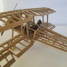Ali sinistra ww1 combattente aeromobili collezione fascicolo 5 niueport 28 Fai puzzle giocattolo legna miniatura modelkit diorama ww1 modellino in scala woodfilament biplano diorami plamodel modelli plastica megaconstrux nieuport