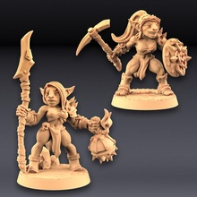 sparksoot goblins - 2 modular ladies tabletop female goblin mini miniatures modular miniature weapons tabletop minis wargame patreon ladies encounter dnd pathfinder goblins units artisan guild sparksoot