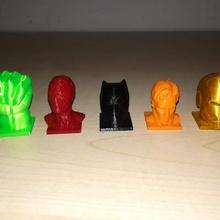 Yenilmezler piyonlar Hulk dr garip Örümcek Adam Demir Adam siyah Panter oyun piyon Yenilmezler masa oyunu piyonlar oyunsonu