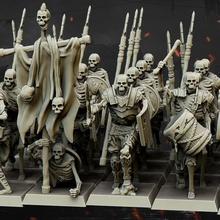 squelette lanciers commander groupe hauts plateaux miniatures table squelette Mort vivant vampire capitaine jeu guerre musicien 28mm dnd commander 32mm lanciers Bannerman hauts plateaux
