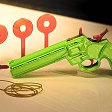 3d gedruckt Gummi Band Gewehr Spielzeuge Spiele 3d einfach elastisch Gewehr Hand Kickstarter Maschine Geschäft bauen Mechanismus Vorlage Band Präzision Gummi ak 47 Stöcke Sahne