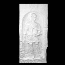 Grabstein römisch Zenturio Scan Ganzkörper