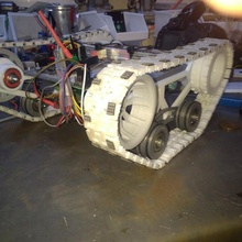simple tracked vehicle arduino tank rc track