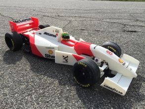 rs-01 ayrton senna 1993 mclaren mp4 8 formula 1 rc-car pinshape mclaren mp4 8 senna f1 formula-one rc-car
