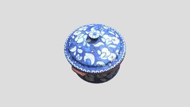 tacho alentejano - 3d model inesc inesc 38f23c2 proveni ncia antiga olaria flosa no redondo alentejo cronologia s culo xix morfologia tacho dimens es altura 16 5 cm largura 23 cm espessura das paredes 1 cm decora o interior barro moldado envernizado exterior barro moldado envernizado pintado azul escuro padr es flores e folhas em branco contextualiza o esta pe faz parte do artesanato tradicional alentejano sendo uma cria o da antiga olaria flosa olaria flosa era um espa o onde se praticava arte modelar o barro e consequentemente se decora manualmente pe modeladas esta pe constitu da por duas partes pela tampa e pelo corpo do objetoo saber-fazer do artesanato passa gera o em gera o fazendo parte do imagin rio portugu s esta pe para al m do seu valor mem ria e identidade serve como bem decorativoe bem utilit rio assim desde arte moldar o barro pintura presente neste objeto este bem um bem ligado ao patrim nio do alentejo - tacho alentejano - 3d model inesc inesc 38f23c2