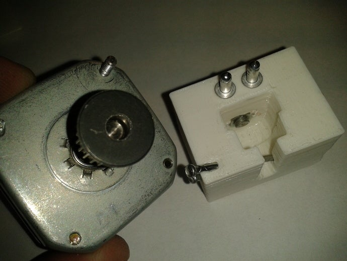 customizable gear puller