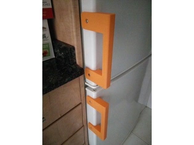 freezer door handle kitch