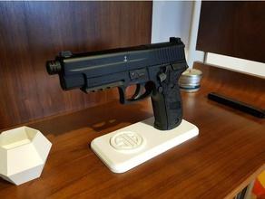 sig sauer p226 177 pellet gun stand sport & outdoors 177 display gun pellet pistol sauer sig sig sauer stand