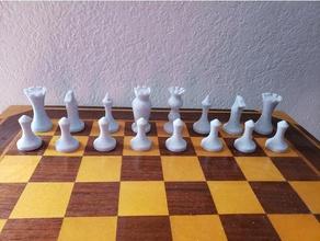 curvy jeu d'échecs jeux évêque jeu de plateau les échecs pièce d'échecs pièces d'échecs jeu d'échecs classique jeu le chevalier pion la reine tour sexy des trucs