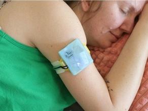 wearable temperature monitor adafruit arduino armband health iot monitor ninjaflex sensor temperature wearable