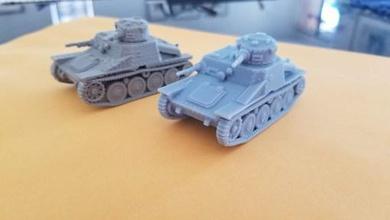 r-1 ah-iv tankette - 28mm - wargaming3d 28mm in miniatura il pacchetto si compone stls consentono di stampa 1 di 56 di modelli in scala rumeno r-1 ah-iv-r tankette file specifici sia dlp stampanti fdm r-1 tankette messo in servizio esercito rumeno fine del 1930 derivati ceca ah-iv tankette questi servita fronte dell'est sono stati notati servizio fino alla fine della guerra ah-iv tankette anche servita svedese iraniano post-guerra etiopica esercito hanno servito fino ai primi anni 1980 veicolo riconosciuto bolt action stalingrado campagna costo del libro di 75 punti scafo normale montato mmg torretta montata mmg afv assegnato avvistamenti regola dell'arma regola qualche motivo warlord ha fornito ' arma grado di aggiornamento torretta hmg ma non riesce a trovare il record storico dimensione diminutivo tankette sarebbe montaggio piuttosto stretti dunque non creare torretta arma opzione