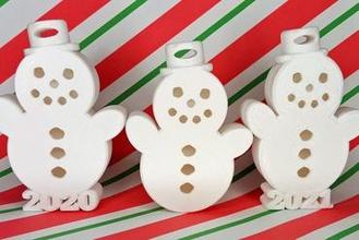 glücklich Schneemann Weihnachten Urlaub Ornament Geschenk Box 2020 2021 2020 2021 Weihnachten Urlaub Ornament Schneemann Ornament Schneemann Geschenk Box Geschenk Abteil hängend